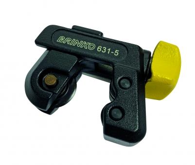 Miniature pipe cutter
